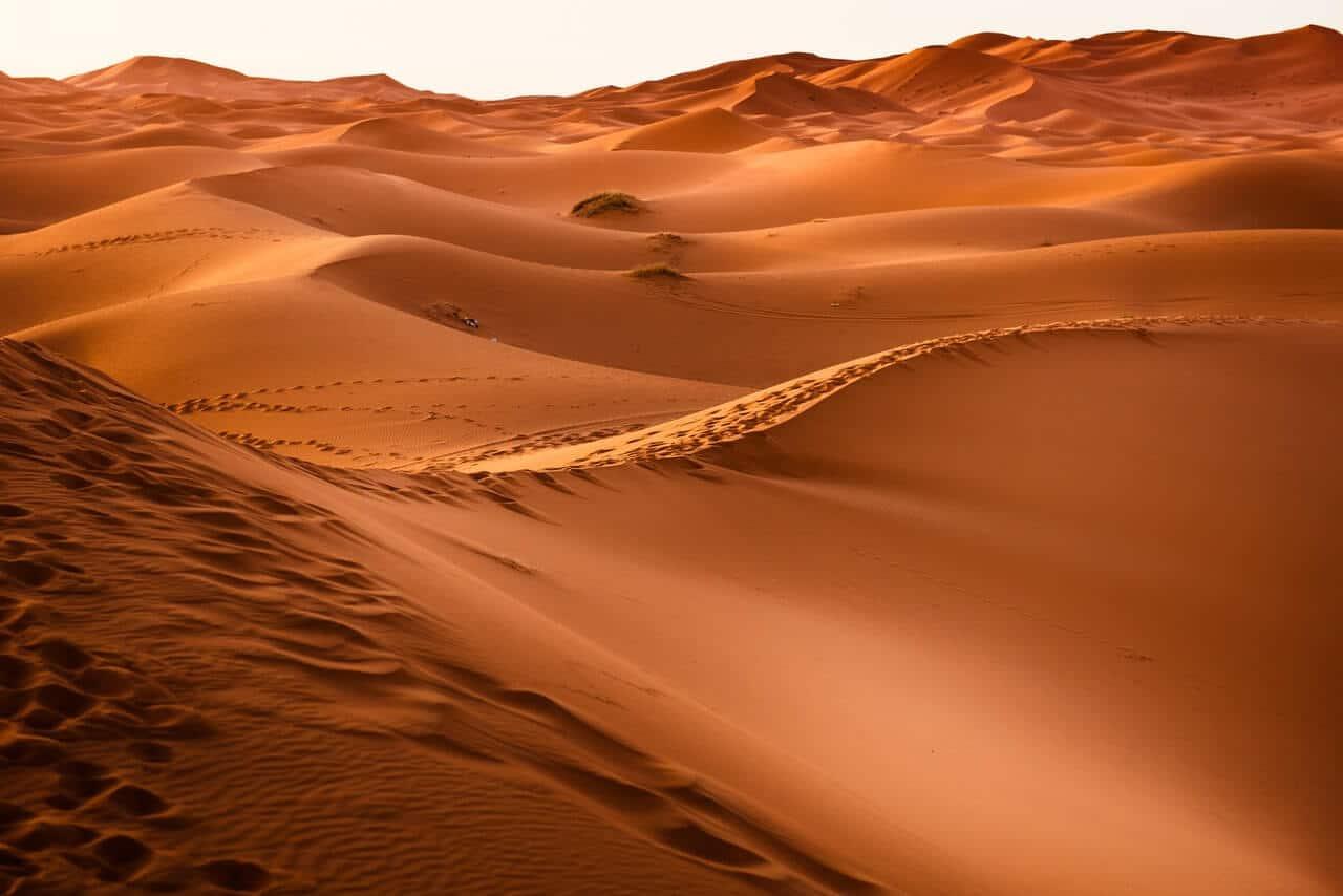 Sahara in Marokko met verschillende zandduinen